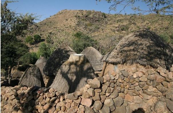 http://tour2nigeria.com/wp-content/uploads/2015/08/sukur-landscape.jpg