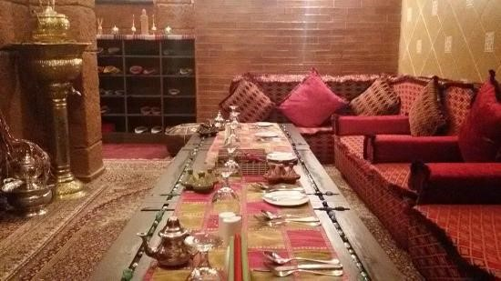 the-nile-place-restaurant-and-lounge